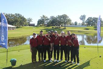 Northeastern Golf Team City Tour