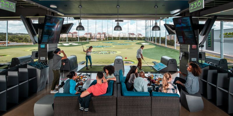 Topgolf double bay