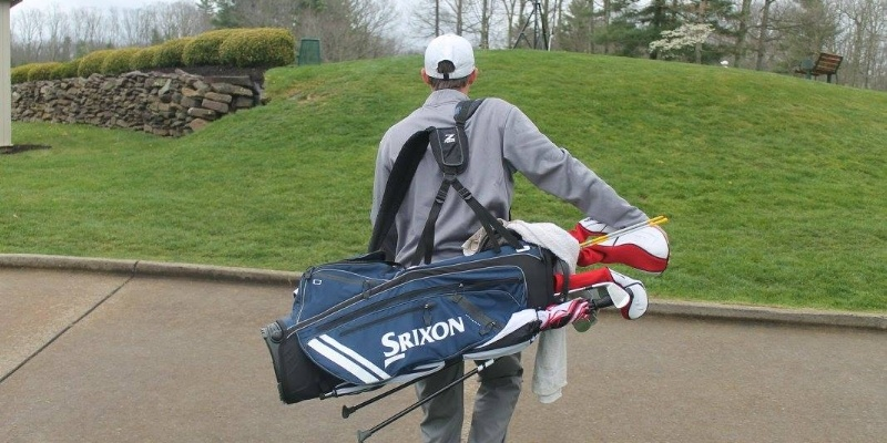 10 Essential Items for Your Golf Bag