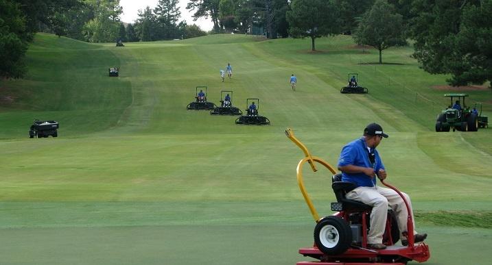 Golf jobs: 15 different jobs at a golf course