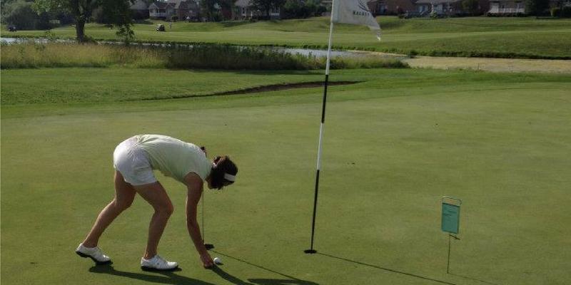 5 Ways Golf and Yoga Work Together