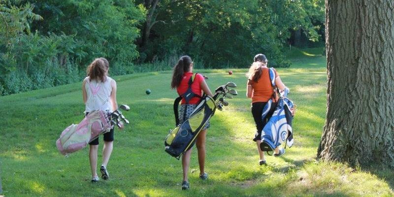 Why Millennial Girls Don't Golf